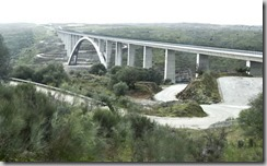 viaducto-almonte-kDgB-U60967055140AbH-624x385@Hoy